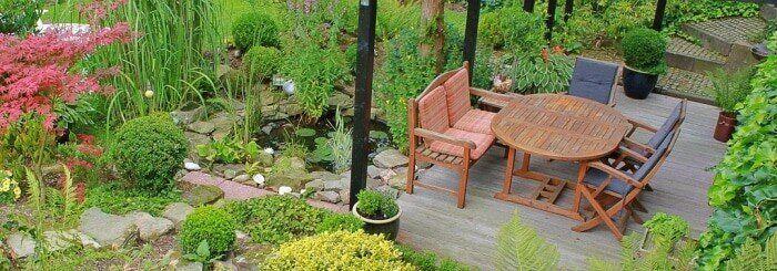 Gartengestaltung, kleiner Teich, Wasserspiele, Ein kleiner Teich ist eine Ruheoase im Garten.