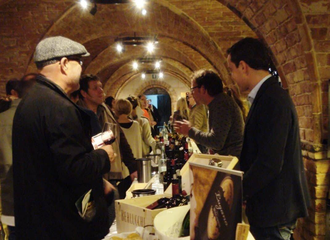 Weinverkostung in Sterzing