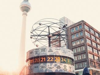 nach Berlin, wo aussteigen, db, Städtereise, Berlin mit bahn,