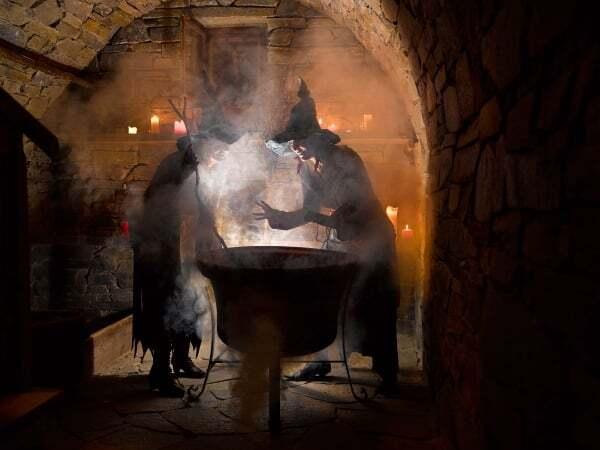 Söll, zum Mittagessen ein Hexenmahl, aufregende Abenteuer erleben