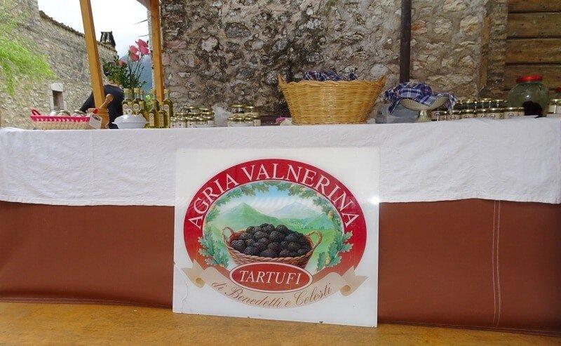 Erlebnisreisen Italien, Aktivurlaub, Umbrien, schwarze Trüffel Herkunft,