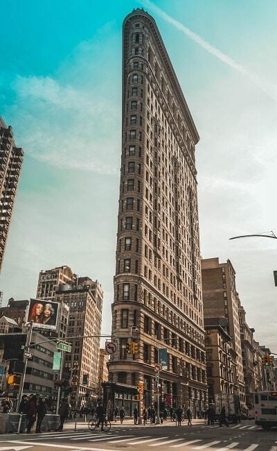 am Broadway, Flatiron Building