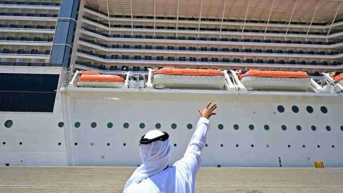 Emirate retten Crewmitglieder
