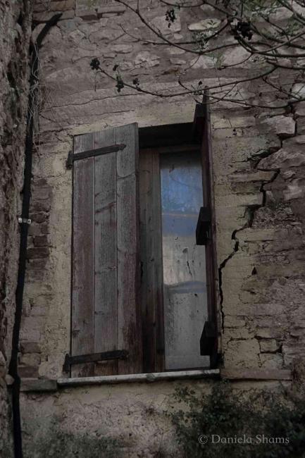 Sinnlichkeit des Seins, schlafende Tür, Daniela Shams, Lifestyle Magazin